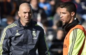 Zinedine-Zidane-First-Training_0134