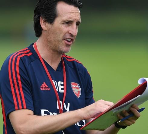 Komposisi Lengkap Lini Tengah Arsenal