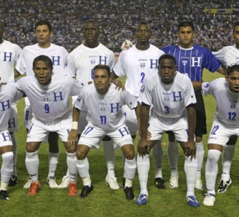 วิเคราะห์บอล  ฟุตบอลโกลด์ คัพ2019กลุ่มซี ทีมชาติจาไมก้า -vs-ทีมชาติฮอนดูรัส เวลา :08.30น.