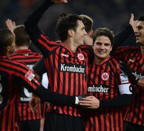 ฟุตบอลยูฟ่า ยูโรป้า ลีก  แฟร้งค์เฟิร์ต (9,เยอรมัน บุนเดสลีก้า) -vs-อาร์เซน่อล (7,อังกฤษ พรีเมียร์ลีก) สนาม : คอมแมร์ซบังค์ อารีน่า เวลา :23.55น. ราคาบอล:อาร์เซน่อล ต่อ ปป-10