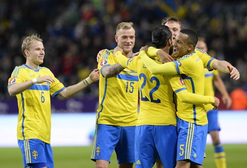 ผลการค้นหารูปภาพสำหรับ ยูเครน ฟุตบอล